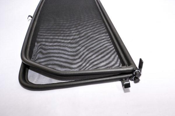 Вятърен дефлектор за Mercedes 107